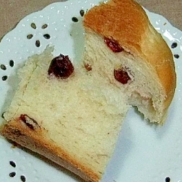 ドライクランベリーのHB食パン