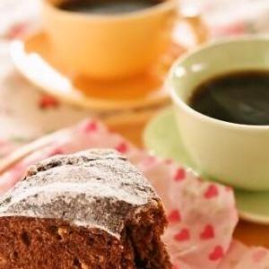 ストウブで♪自家製酵母のココアとチョコのリングパン