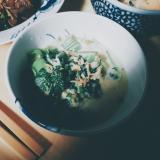 チンゲン菜のミルキーなスープ