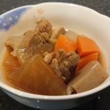 大根·人参·ゴボウ·蒟蒻·鶏肉の煮物