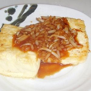 豆腐ステーキ・もやしのわさびソース