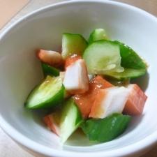 簡単★キュウリとカニカマのサラダ