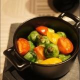 芽キャベツとトマトのオリーブオイル焼き