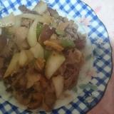 牛肉と野菜椎茸炒め