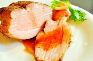 イベリコ豚ローストポーク バルサミコ風味ソース