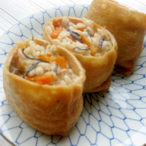 簡単美味しい☆ひじきと炊き込みご飯のいなり寿司