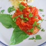 カジキマグロのトマトバジルソース