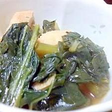 おばあちゃんの味!こまつ菜とあぶらあげの煮物