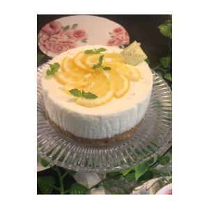 水切りヨーグルトでレモンレアチーズ