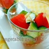 ゴマ油風味のトマト・キュウリ・みょうがのサラダ