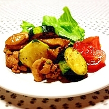 ズッキーニと鶏肉の炒め物