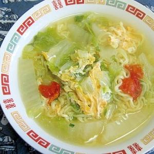 セロリと白菜とプチトマトの塩ラーメン
