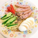 ゆで卵とミートローフの☆美味しい冷やし中華
