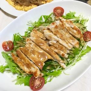 ごまドレと焼肉ダレで!水菜と焼チキン棒棒鶏サラダ♡