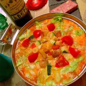 ごろごろ野菜のマヨたまトマト雑炊