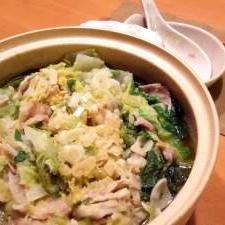 白菜と豚バラ肉のぎゅうぎゅう味噌煮込み鍋