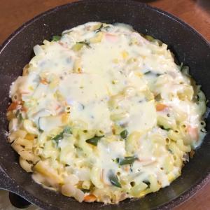 マカロニといろいろ野菜のキッシュ