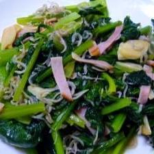 小松菜とニンニクの炒め物