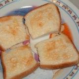 練乳と食パンでラスクをつくる