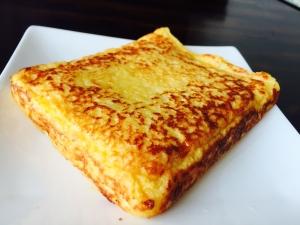 パン粉で簡単!さくとろフレンチトースト