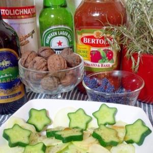 白色胡瓜と星形胡瓜、胡瓜2種サラダ・簡単に☆