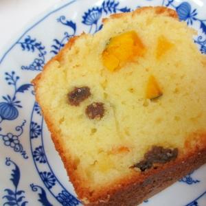 オイルでかぼちゃとオレンジのヨーグルトケーキ