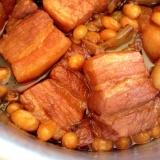 お鍋でコトコト*豚の角煮&大豆煮