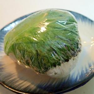 焼き餃子の韓国海苔・大葉巻きおにぎり