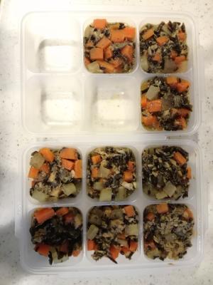 【離乳食後期~】サバ缶とひじきの煮物 冷凍保存可