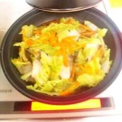 タジン鍋で タラと白菜の中華蒸し