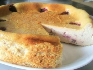 混ぜるだけ!簡単イチゴのベイクドチーズケーキ★