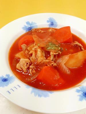 ジュースで簡単(^^)豚肉と根菜のトマトシチュー♪
