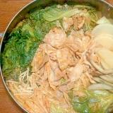 大根とレタス・豚肉のピリ辛鍋