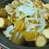 キュウリ玉ねぎ万願寺唐辛子のホットサラダ