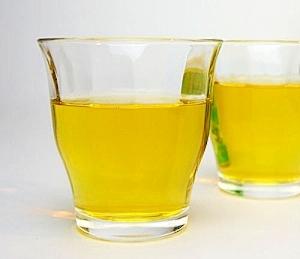 焼酎の緑茶割り