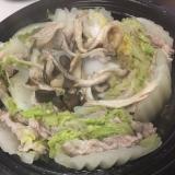 やもめ食堂 豚と白菜のタジン鍋