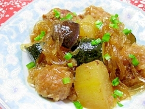 肉団子と夏野菜の春雨中華煮込み
