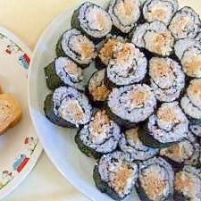 ツナマヨ味噌味の海苔巻き