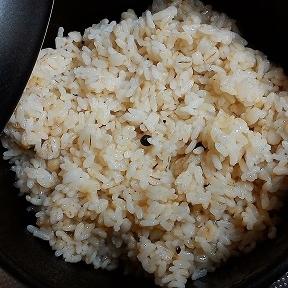 ピリッと香る黒コショウご飯