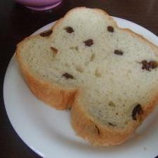 子供が喜ぶレーズン食パン