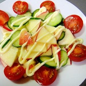 りんごときゅうりのサラダ