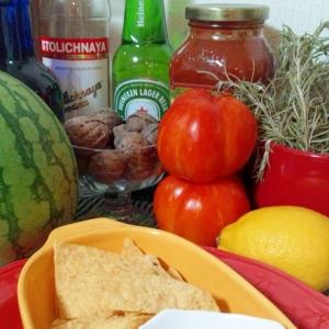 ほおずきとトマトのサルサ・タコスチップと☆