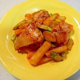 簡単で美味しい!鶏もも肉のケチャップ炒め