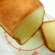 低脂肪牛乳deミルク食パン
