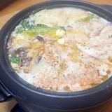 特製石狩鍋(酒粕・豆乳使います)