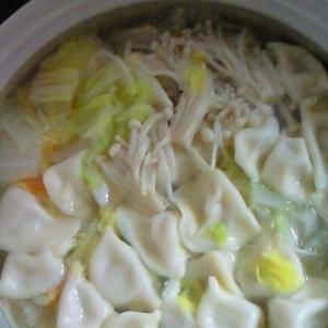 暑気払いに!白菜&餃子鍋