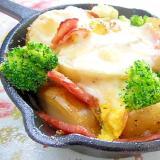 スキレットde❤馬鈴薯と卵とベーコンのグリル焼き❤