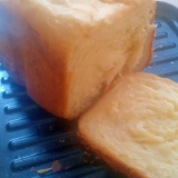 生クリームでふんわりサクサク!高級感満載食パン