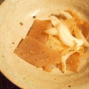薄味☆ヘルシー 甘酢漬け玉葱と蒟蒻でマリネ風