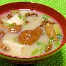 ベース鶏ガラスープの素☆酒粕入りナメコ汁
